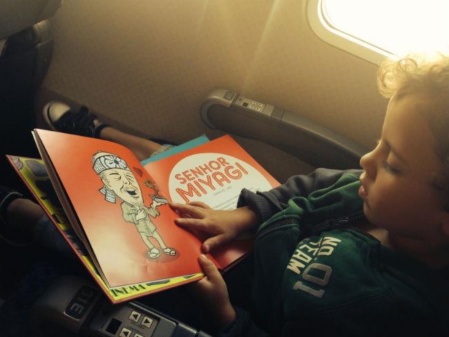 no avião, leiturinha :)